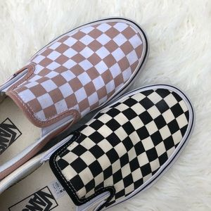 VANS Mismatched Checkered Slip on Blush Pink/Black